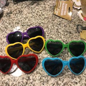 Accessories - Heart Sunglasses!